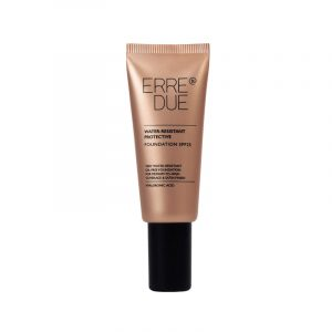 ERRE DUE WATER-RESISTANT PROTECTIVE FOUNDATION SPF25